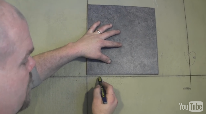 How to Tile a Shower Wall - So That\'s How You Do That!